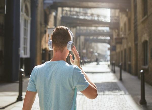 auriculares de diadema con bluetooth