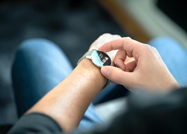 funciones de un reloj inteligente