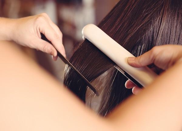 plancha de pelo de titanio