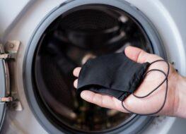 Lavar mascarillas de tela en la lavadora