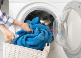 poner la lavadora